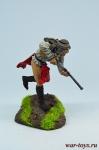 Бегущий индеец с ружьем - Оловянный солдатик коллекционная роспись 54 мм. Все оловянные солдатики расписываются художником в ручную