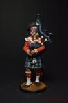 Волынщик 92-го (Гордона) шотландского полка. Вел-ия, 1815 г. - Оловянный солдатик коллекционная роспись 54 мм. Все оловянные солдатики расписываются художником вручную