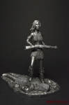 Девушка с винчестером - Не крашенный оловянный солдатик. Высота 54 мм