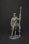 Гв. ефрейтор - наводчик противотанкового ружья ПТРС 1943 СССР - Не крашенный оловянный солдатик. Высота 54 мм